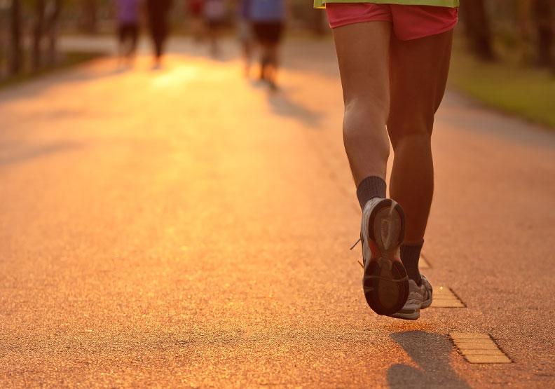 早上運動比較好?研究:晚上運動改善高血脂更有效