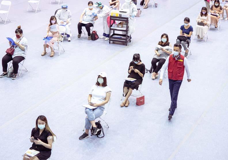 新竹市成立八座大型疫苗施打站,新竹市政府提供。