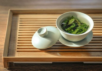 在家吹冷氣運動量少?日本研究:喝綠茶解渴,還能降糖尿病風險