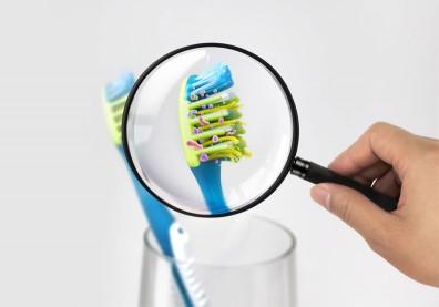 牙刷看起來還很新?醫籲3原則,超過時間就該換