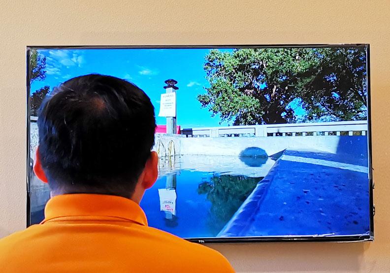 每天看太多電視?美研究:小心加速大腦退化、讓人變笨