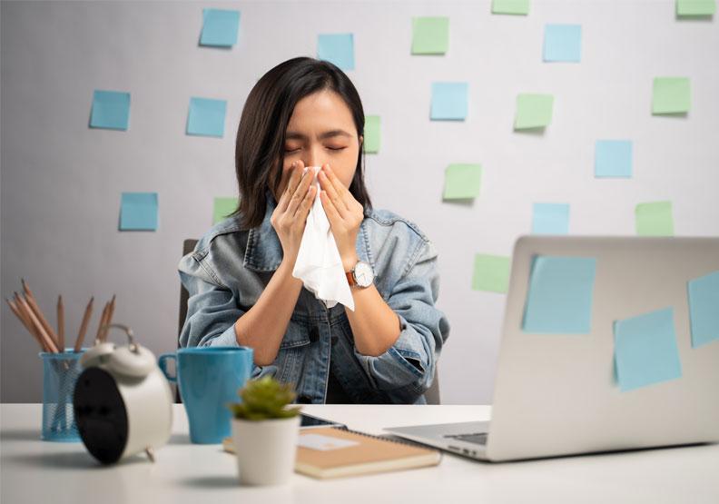 鼻竇炎發作頭痛欲裂正常嗎?研究發現真的對大腦有負面影響