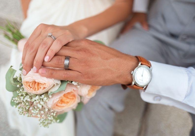 台、日年輕人不婚比例增加,日本政府直接發錢提高結婚率!