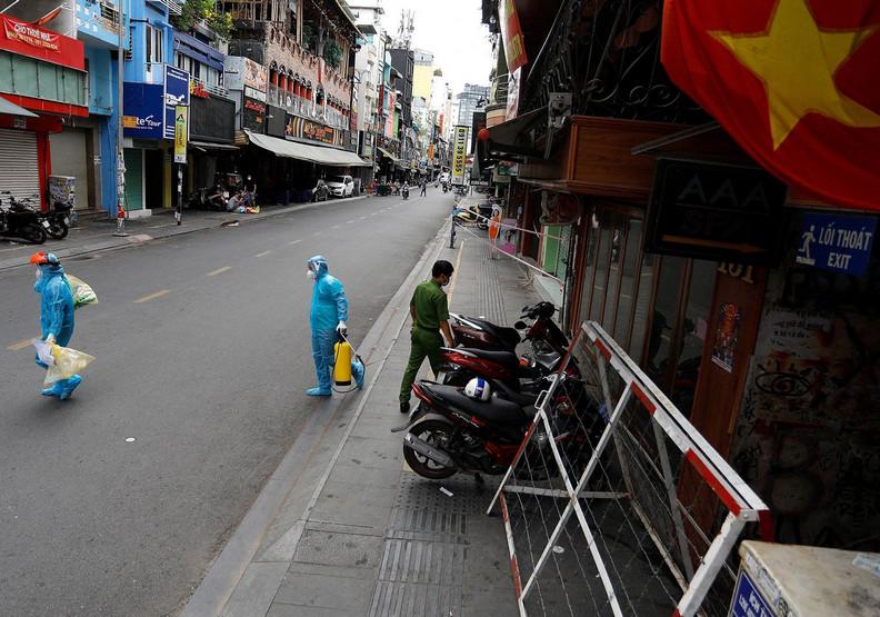 從防疫模範生到疫情全面失控,越南到底怎麼了?