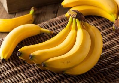 香蕉綠皮、黃皮差在哪?有黑斑點愈營養?日研究含有抗癌物質