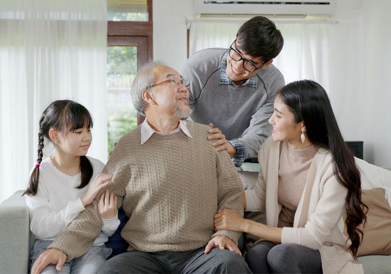 從電影《父親》學習認知症照護!2原則有助維持長者情緒穩定