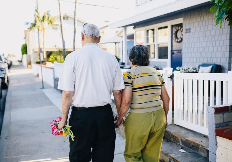 老是嫌另一半嘮叨?研究:傾聽所愛的人,可保護雙方大腦健康