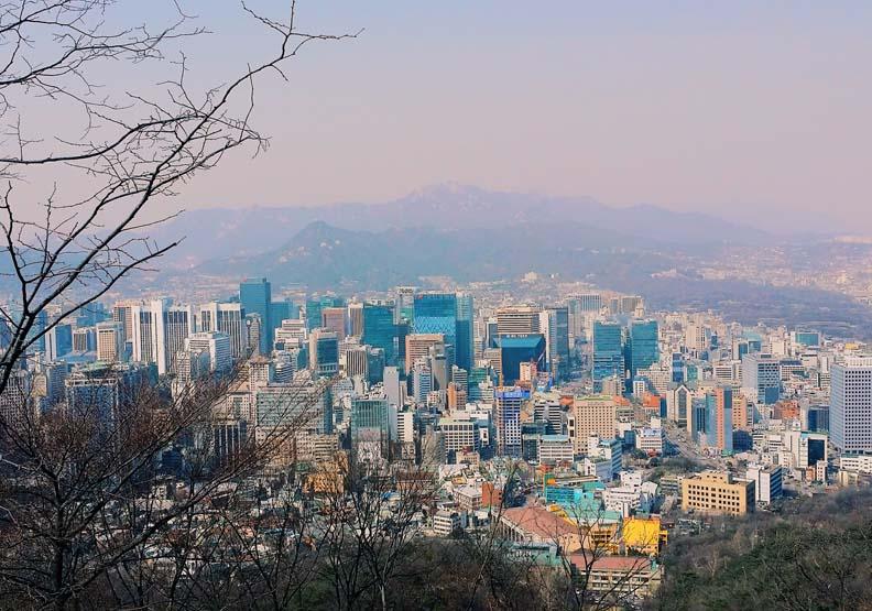 南韓頻打房,卻打出更高房價,Unsplash by Jenny Kim。