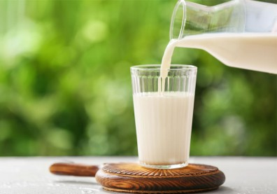 「鮮乳標章」數字愈大,牛奶愈濃純?營養師一張圖帶你看懂