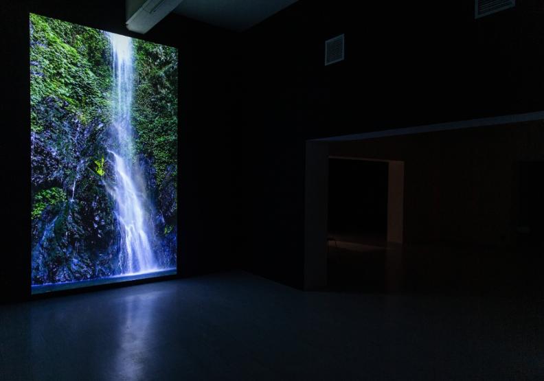 吳燦政「台灣聲音地圖計畫」個展的多媒體裝置。台北市立美術館提供。