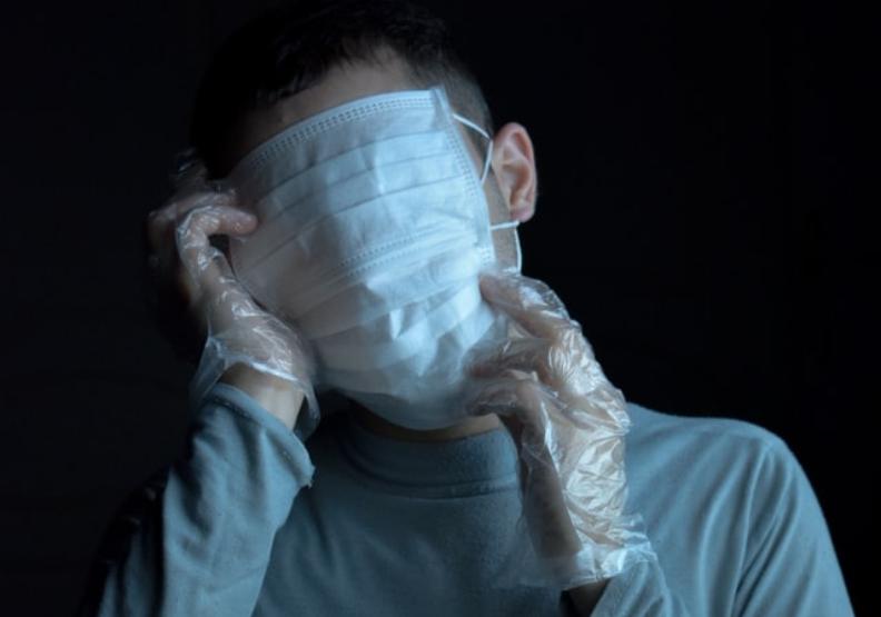 全球怎敗給Delta?重症醫一圖揭穿「防疫鬧劇」:人類輸在撒謊