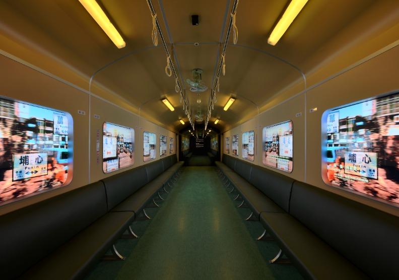 「火車火車」的窗外風景,帶你駛向遠方夢想。台北市文化局提供。