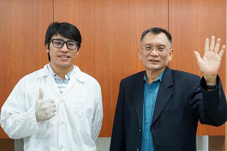 國立屏東科技大學食品科學系的楊季清教授與實驗室學生
