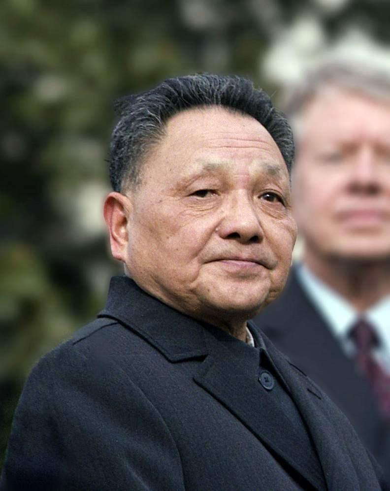 鄧小平一代的改革開放使中共與中國「醒過來/爬起來」。圖片來自維基百科