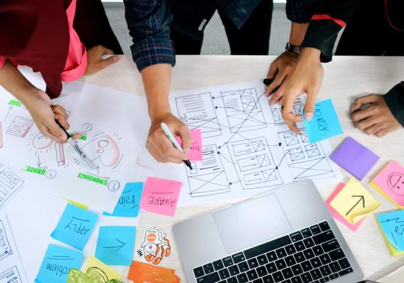 主管將時間花在培養人才,確保大家都能真正解放自我潛能,整體組織的效率才能超標!圖片來自unsplash