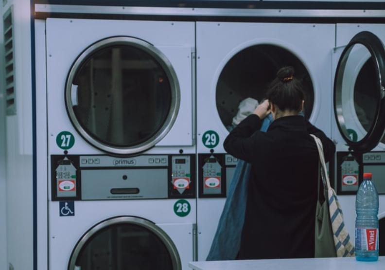 衣服洗久一點更節能?荷蘭看數據造永續,這樣做意外環保又省錢