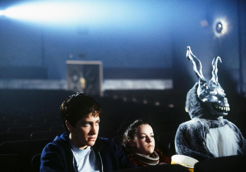 好萊塢驚悚大師李察凱利電影作品《怵目驚魂28天》,劇中複雜的時空旅行原則,讓人相當燒腦玩味。誠品電影院提供。