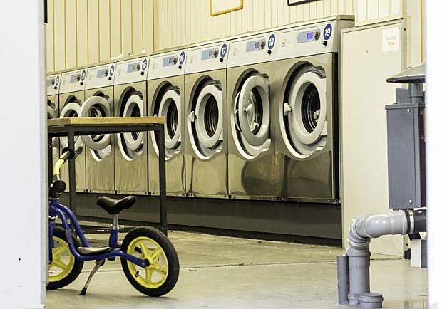 下雨天洗衣機霉味?自製清潔洗衣機小道具