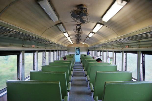 每站都想衝下電車的新發伯