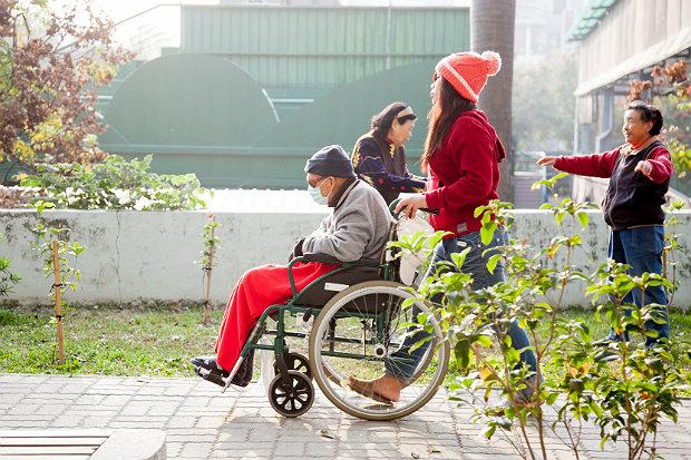 公立醫院在長期照護的實務現況