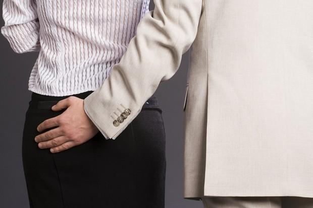 小心鹹豬手!如何預防職場的性騷擾