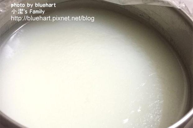簡簡單單也能變出豬油:電鍋蒸豬油