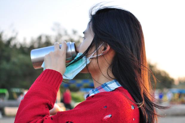 喝水、重睡眠,簡單擊退感冒!