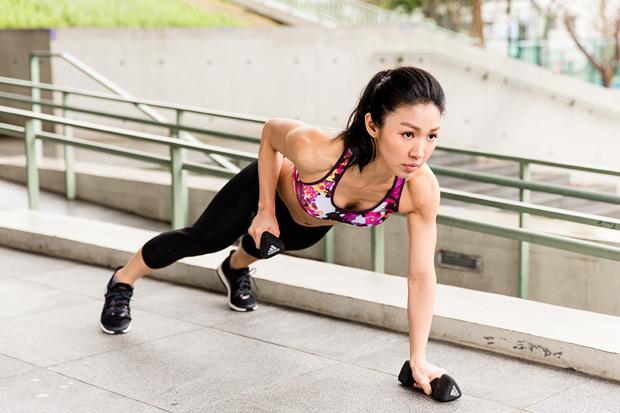 喚醒臀部與核心肌群,從「脫鞋」開始!