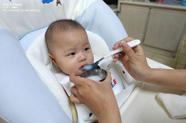 試試這三點,讓孩子從小就培養良好吃飯習慣!