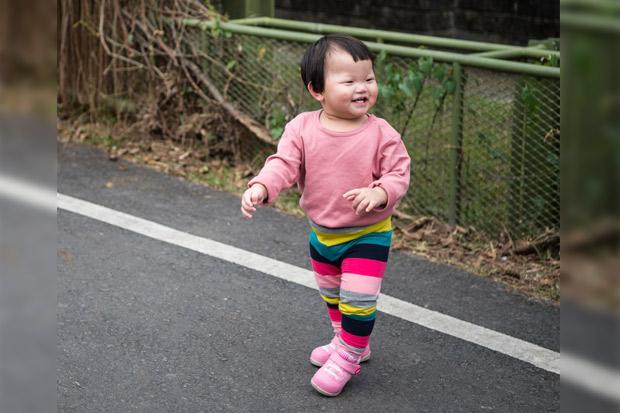 提早學走路、還是延遲發展?學步車的利與弊