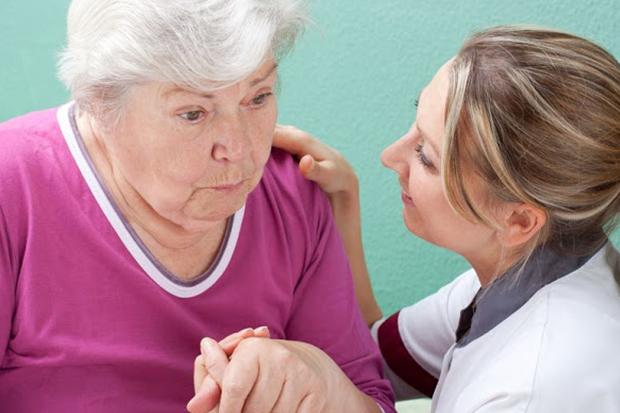 如何逆轉老人失智症(阿茲海默症)?