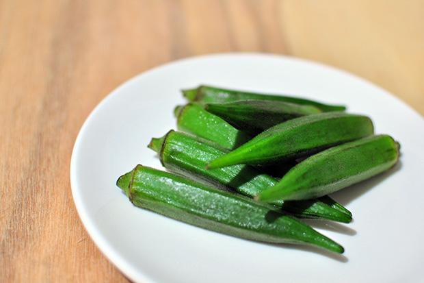 灌鈣骨本要當心,別同時吃菠菜、秋葵