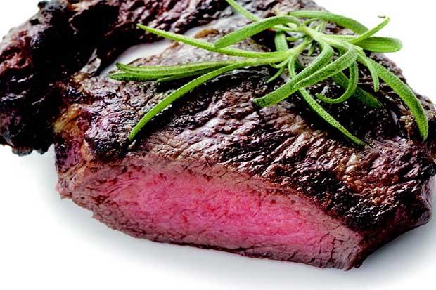 成功做出異國美食:煎出肉嫩多汁牛排的關鍵是…