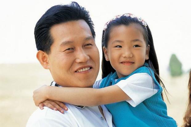 爸爸壓力大,影響小孩身心發展