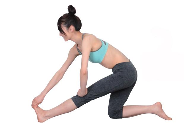 就要瘦大腿!專屬各類人的瘦大腿伸展操