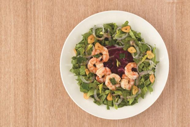 甩油小秘訣:蒜香鮮蝦沙拉
