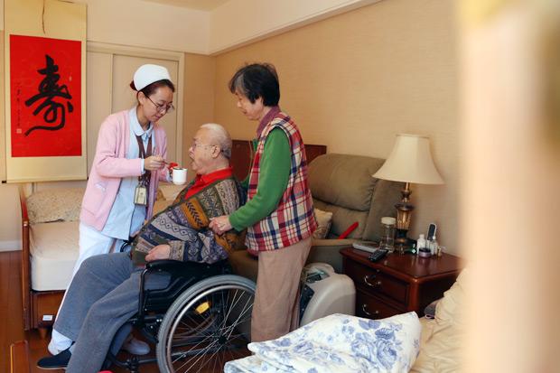 李教授的老老病人:談失智症照顧者的壓力