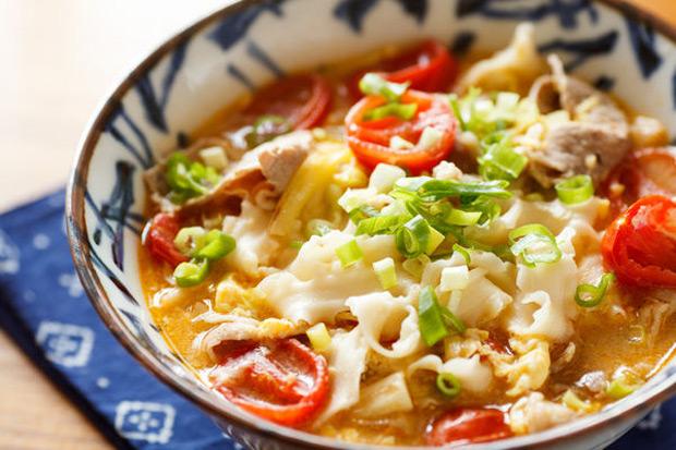 讓麵條吸飽高湯...超快速簡單的「蕃茄煨麵」