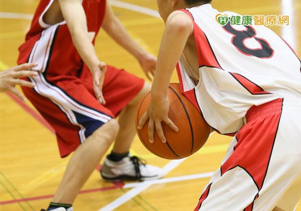 想打籃球飆高?!小心運動傷害