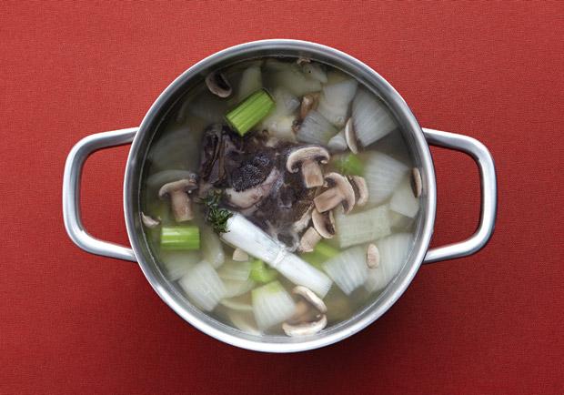 短時間內就能讓料理更美味!三種海鮮高湯做法