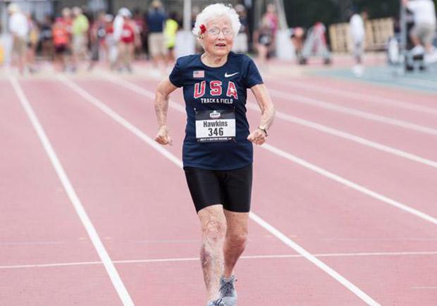 美國 101 歲風速奶奶跑步不停歇,再次締造百米紀錄