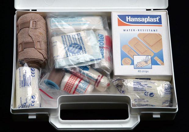 大小傷口一箱搞定!家用急救藥品清單看這裡