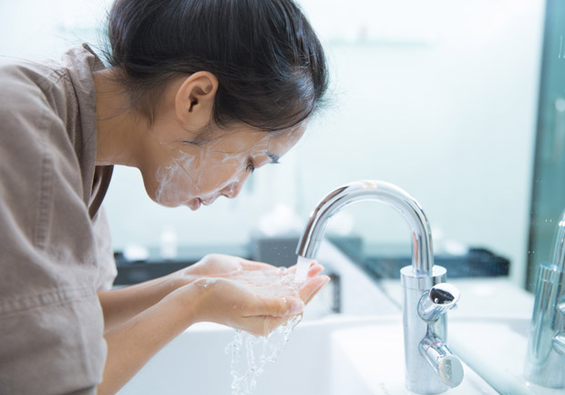 卸妝水當乳液好神奇?醫:清潔、保溼要分離