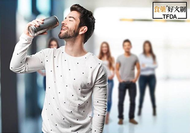 喝能量飲料提神,補營養又比咖啡健康,真的嗎?