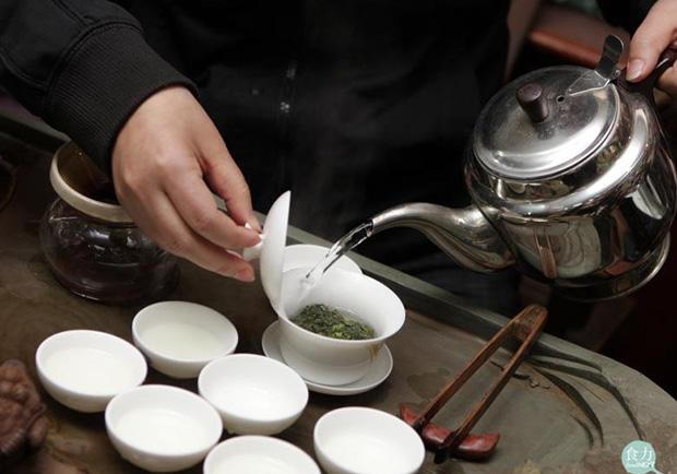 茶第一泡不喝要倒掉,其實與農藥殘留並無關!