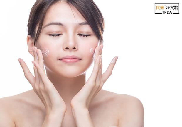 會發熱的卸粧品比較有效?釐清卸粧3迷思,比人氣商品更養肌