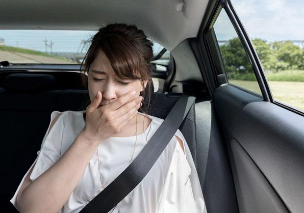 嘔吐如何緩解?什麼時候又該送醫治療?醫師 5 招解密