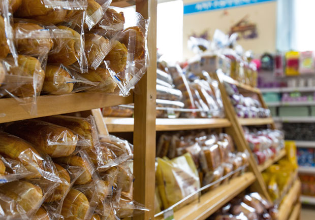 不是防腐劑,那為何超商麵包保存期限比較長?