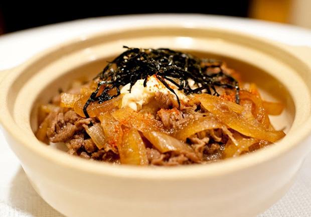 10分鐘超快速日式風味上桌:壽喜燒牛肉蓋飯