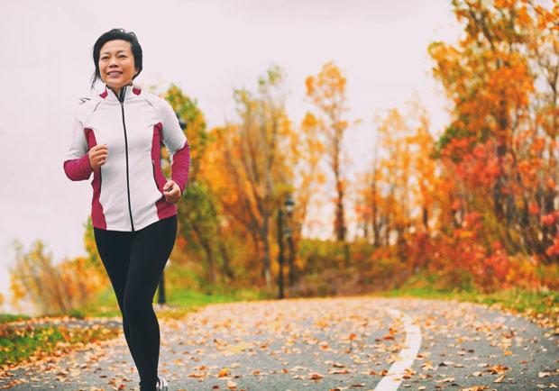 更年期症狀有哪些?醫師 4 方向助你改善與治療不適